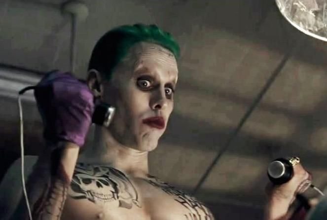Jared Leto Shows Off His 'Suicide Squad' Joker Side - http://movietvtechgeeks.com/jared-leto-shows-off-his-suicide-squad-joker-side/-While we still have quite a wait before the upcoming star-studded Suicide Squad movie is released, the studios are continuing to hype it up and get fans excited for the film.