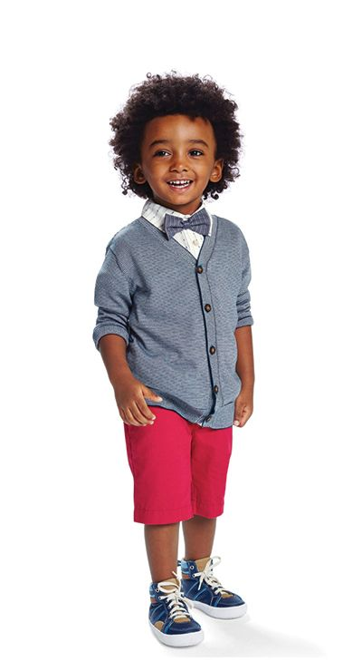 I'm always looking for stylish Easter clothes for boys as I have two boys to dress for the holidays. Plaid, pastels and brights are on trend for boys Easter attire this year. Check out some great looks that we have chosen for babies, toddler boys, young boys and tween boys for Easter.