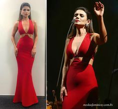 Paula Fernandes de vestido Skazi   http://modaefeminices.com.br/2016/10/14/paula-fernandes-acerta-no-vestido-mas-erra-ao-cantar-com-andrea-bocelli/