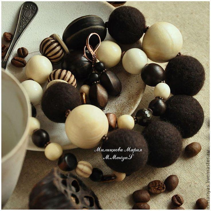 """Купить Бусы, серьги """"Благородный Кофе"""" - бусы, коричневый, темно-коричневый, каштановый, войлок, шерсть"""
