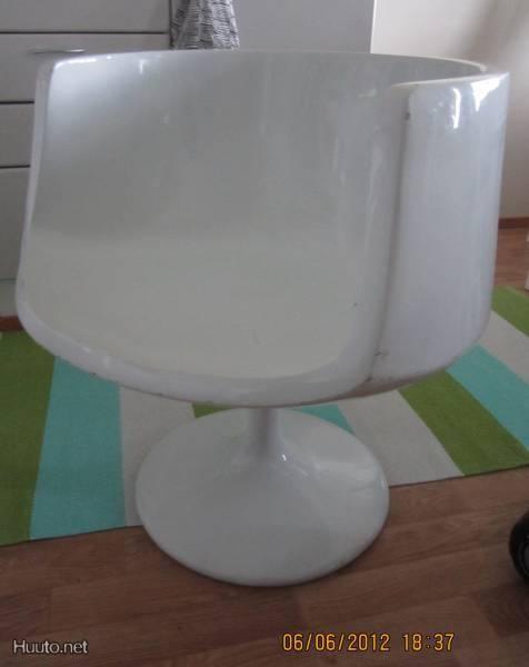 Sisustus INN:in desing tuoli (valkoinen)