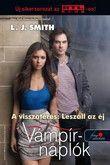 5. rész  Miután a természetfeletti erők feltámasztották Elenát halottaiból, Stefan másra sem vágyik, mint hogy biztonságban tarthassa őt. De amikor elcsalják Fell's Churchből, Damon kihasználja a lehetőséget arra, hogy meghódítsa Elenát, nem is tudva, milyen veszedelem fenyegeti mindkettejüket. Egy gonosz lény szállta meg a várost. Képes a kedve szerint irányítani Damont, ugyanakkor Elena és a lány új képességei is vonzzák. De nem csak Elena ereje kell neki: a lány halálára szomjazik.