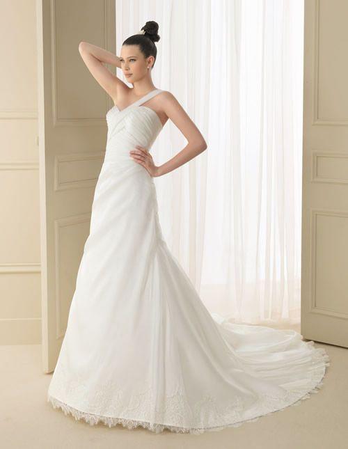 133 INDIGO | Wedding Dresses | 2012 Collection | Luna Novias