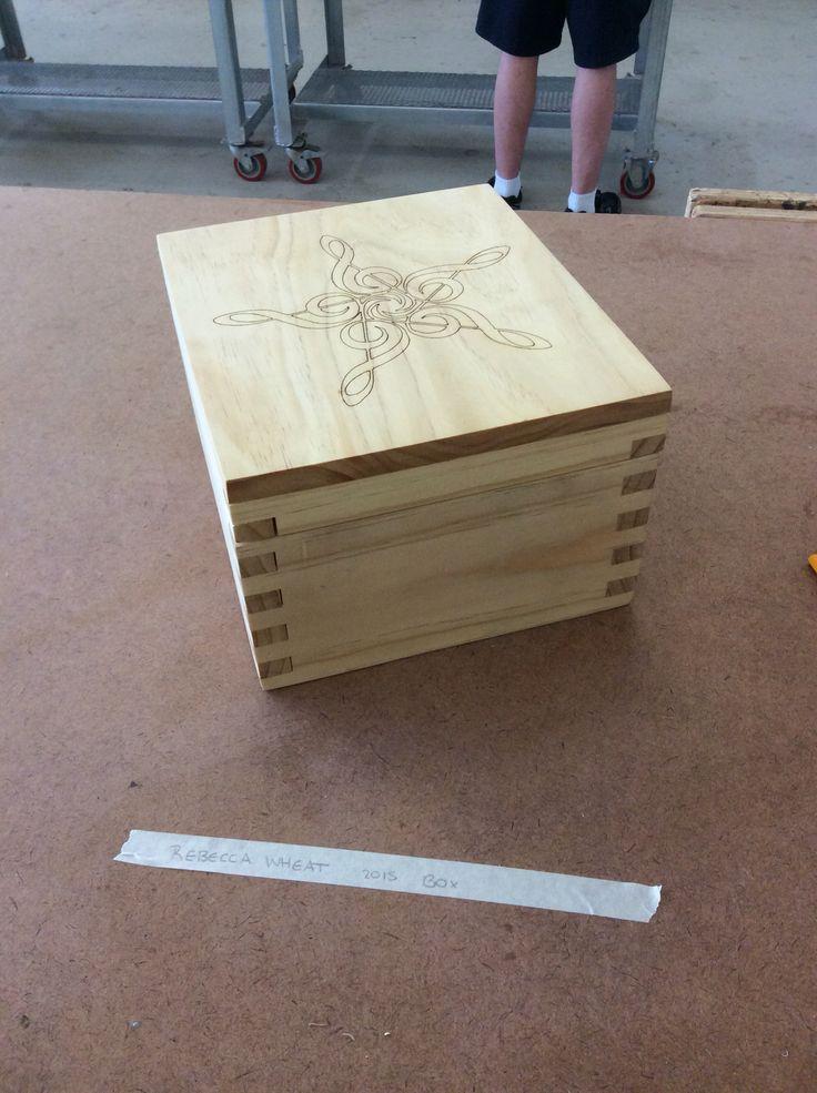 Finger joint box. Lasercut.