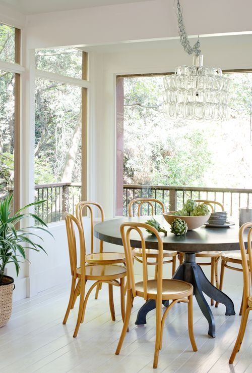 I Love This Dining Space With All The Windows Treehouse Living Room