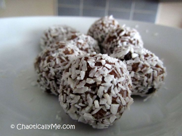It Wouldn't Be an Aussie Christmas Without 'em : Rum Balls Recipe for Christmas