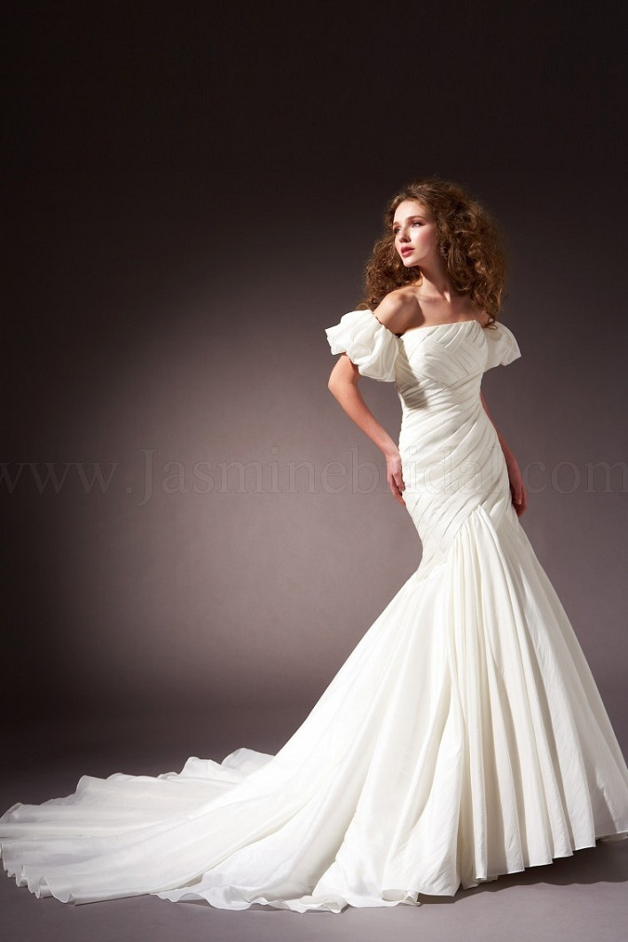 Strapless mermaid taffeta wedding gown with detachable for Italian design wedding dresses