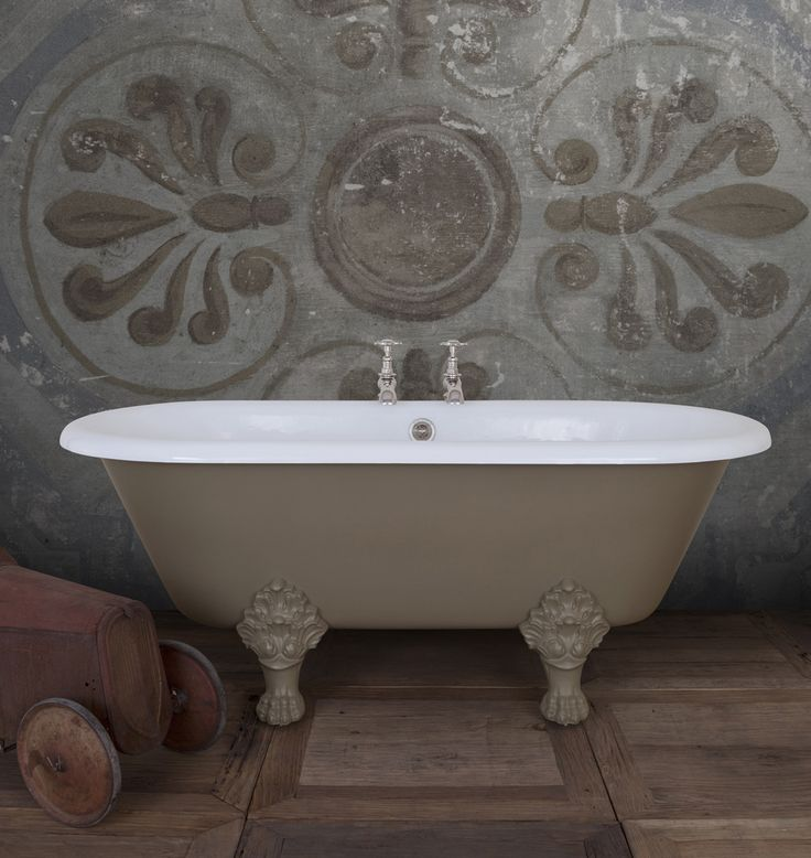 Introducing The Viceroy. Exercising authority and grace! The classic roll top shape is supported by four regal claw-feet with amazing flourishes. Here we show it paint in Farrow & Ball 'Mouse's Back'. #Luxury #Bespoke #Baths #Bathrooms #Painted #CastIron