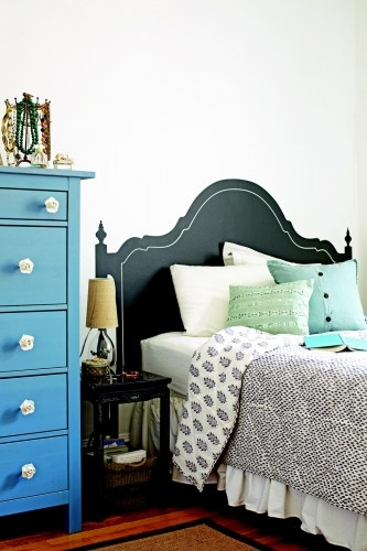 "Love this pic for inspiration for my room. Nice headboard, new bed set, vintage/possibly painted/cute/tall dresser drawers, and cute side table. ""Turn your puny place into a mini mansion with easy tips from the pros"""