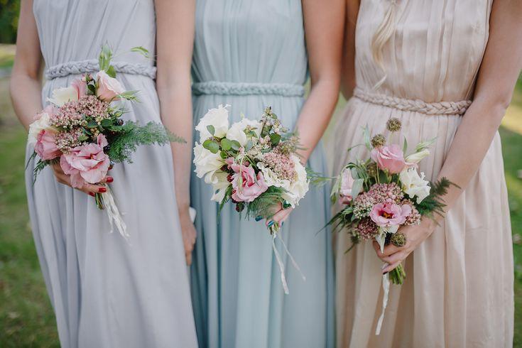 結婚式を華やかに!ゲストにオススメのラベンダー色のお呼ばれドレス画像まとめ