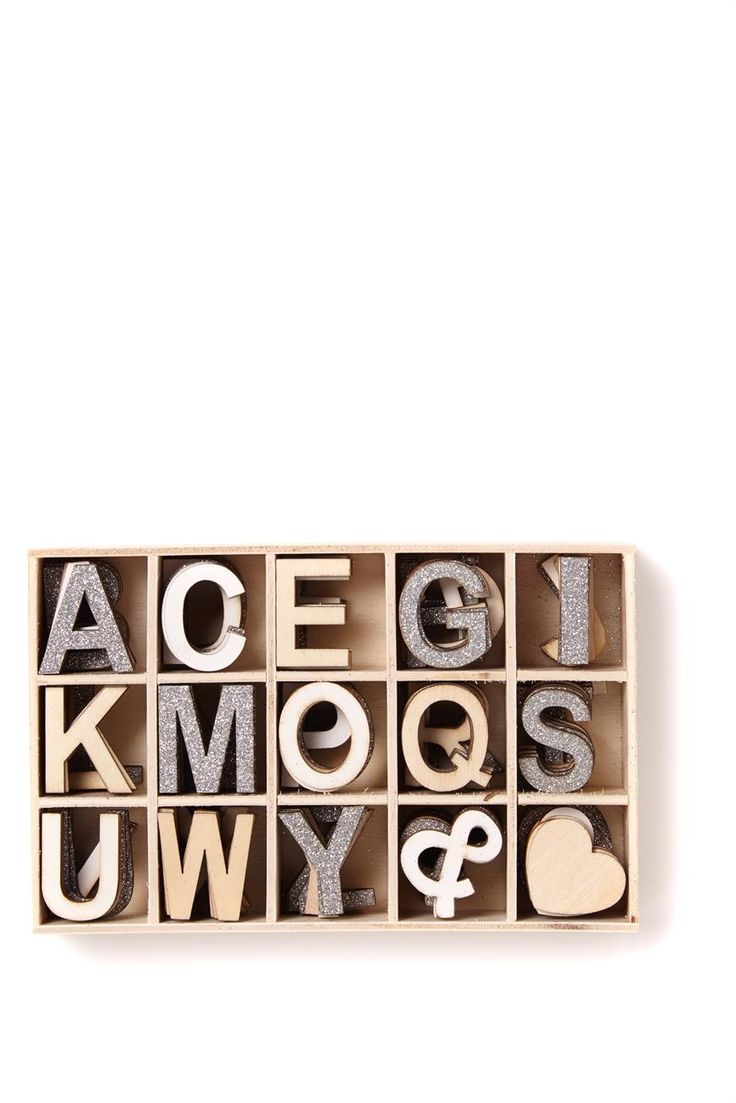 An essential item for craftaholics. Whether you are making invites, party decorations, gift wrap labels or just have a weird thing for spelling, this set contains mini wooden letters that are easy to stick, sew, tape or glue onto your project. Size: 6 of each letter included. Letters measure approx 3 cms high Material: Letter made of printed wood and comes in a wooden box