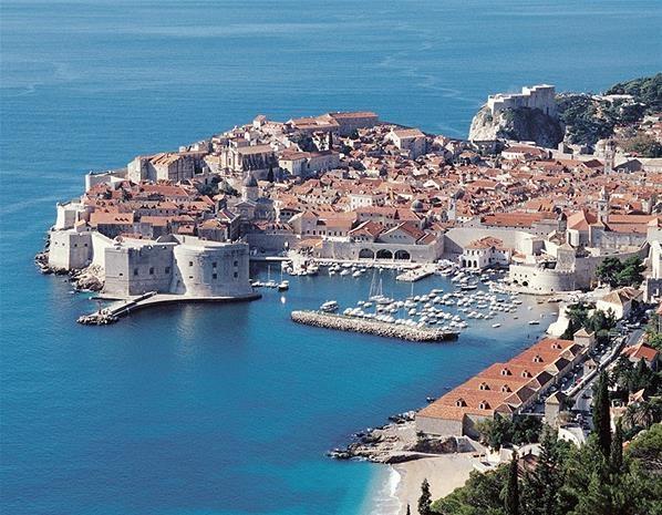 Dubrovnik, Croatia (© Croatian tourist board)