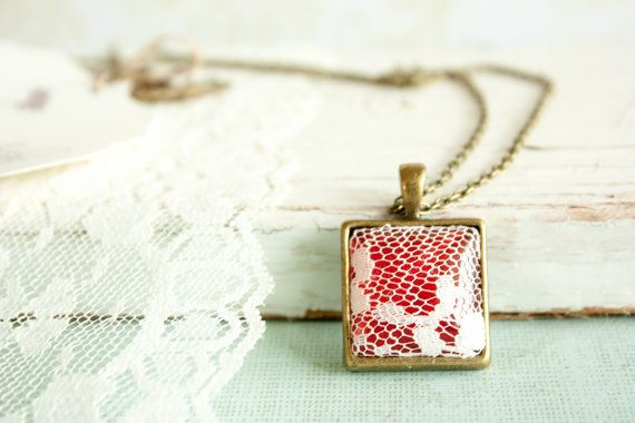 Lace Pendant, Red White Lace Glass Pendant, Square Pendant Necklace, Lace Necklace, Christmas Necklace with Red Lace Square Head