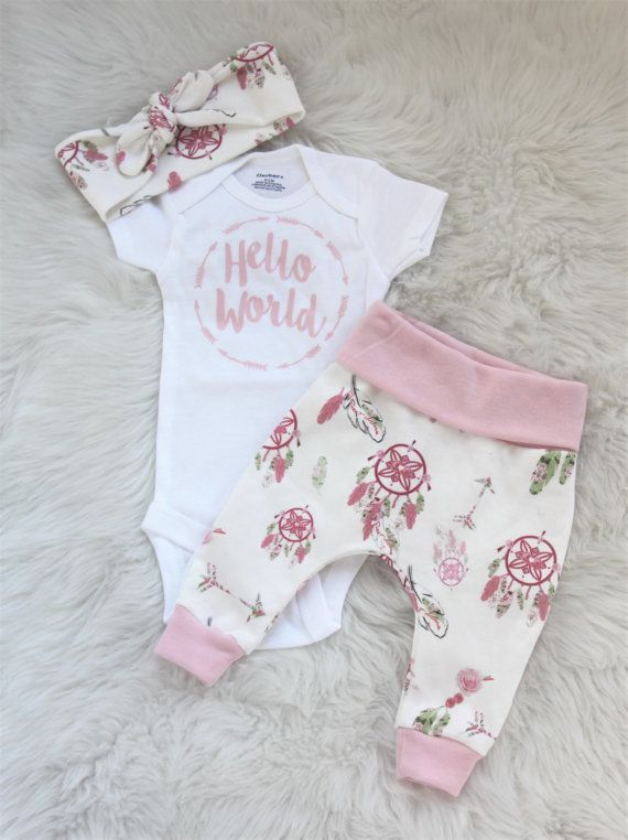 Hello world outfit/ newborn girl/baby girl/pink leggings