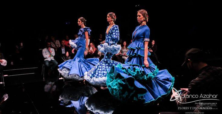 Pedro Béjar nos maravilla con #OMNIUM donde #BlancoAzahar ha tenido el placer de colaborar con sus #Floresdeflamenca . Simof 2018 - Salón Internacional de Moda Flamenca 2018 en Fibes Sevilla. Colección que toma el nombre originario de la localidad natal del diseñador, #Hinojos. #PedroBéjar #moda #fashion #ModaFlamenca #Sevilla #TrajesdeFlamenca #Simof #photography by @LolaMontiel