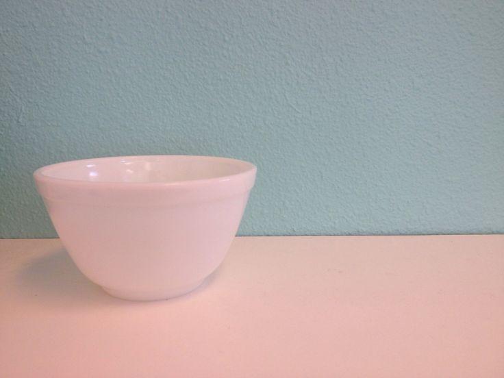 Vintage Pyrex Opal Mixing Bowl #401 - True White Small Nesting Serving Bowl 1.5…