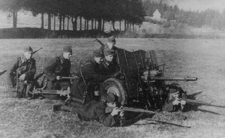 Škoda A4, 3,7 cm protitankový kanón vz. 37  v roce 1934 zavedla Československá armáda do své výzbroje moderní 3,7cm protitankový kanón A3, který měl poloautomatický uzávěr a díky tomu vysokou kadenci střelby.