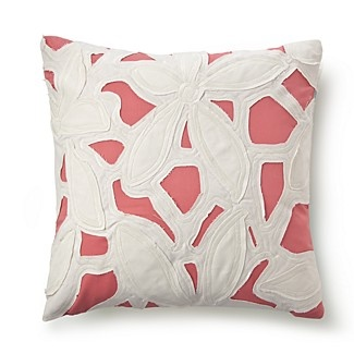 Pink & white. color story pinky swear Pinterest Pillows, Cute Pillows and Decorative Pillows
