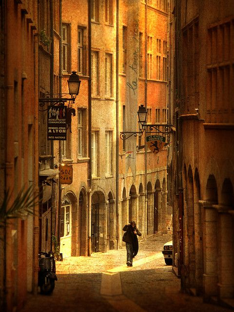 Lyon, France: Spaces, Favorite Places, Street, France, Travel, Photo, Alley