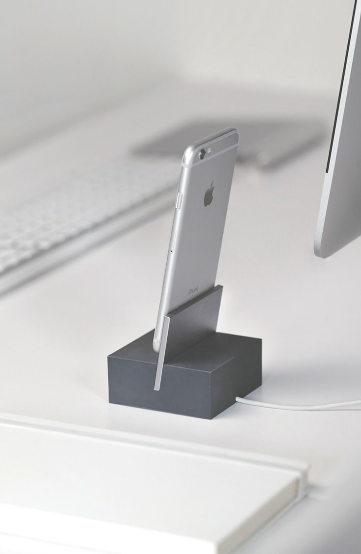 A beautiful material combination Native Union's DOCK Lightning is a striking charging dock for your iPhone or iPad.