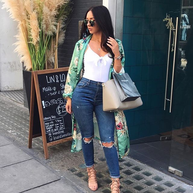 Outfit deats from the other day 💕Kimomo @rubyfairs_swim Top @primark jeans @topshop heels @misspap bag @fashiondrug