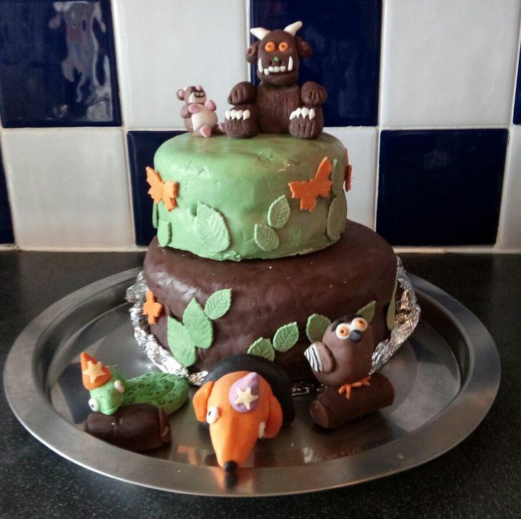 [Homemade] Gruffalo chocolate and Victoria sponge birthday cake http://ift.tt/2mxf1xm