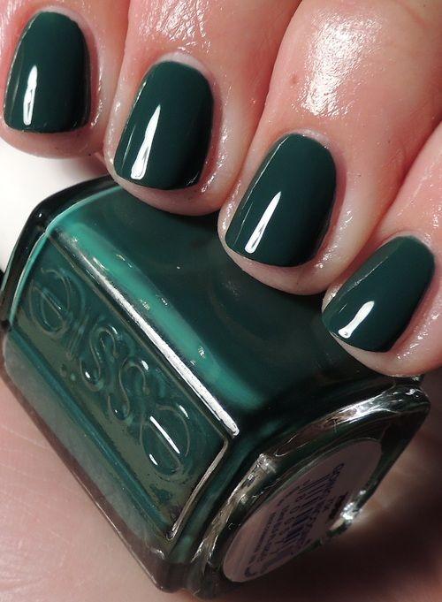 Essie Going Incognito. Nice emerald green shade for fall. #fallcolors #fallnails