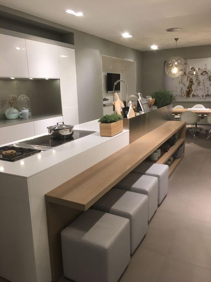 Modern Kitchen With A Minimalist Look Modern Kitchen Design
