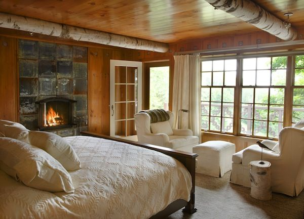January Style Tips: How to decorate a Pacific Northwest Style Bedroom