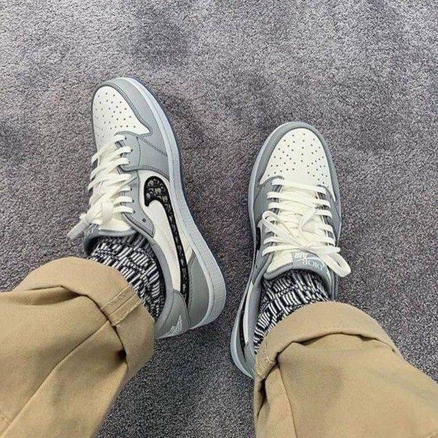 Nike Air Jordan X Dior en 2021 | Nike air, Chaussures air jordan ...