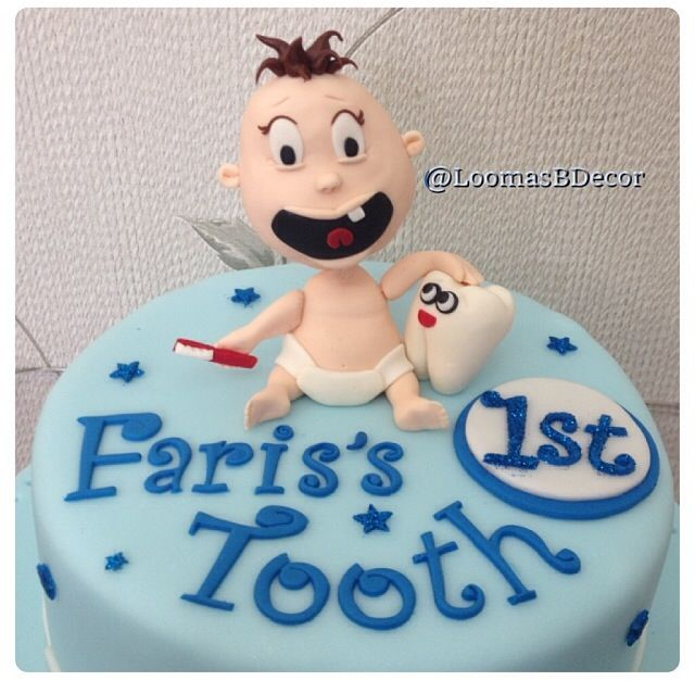 Baby first tooth cake