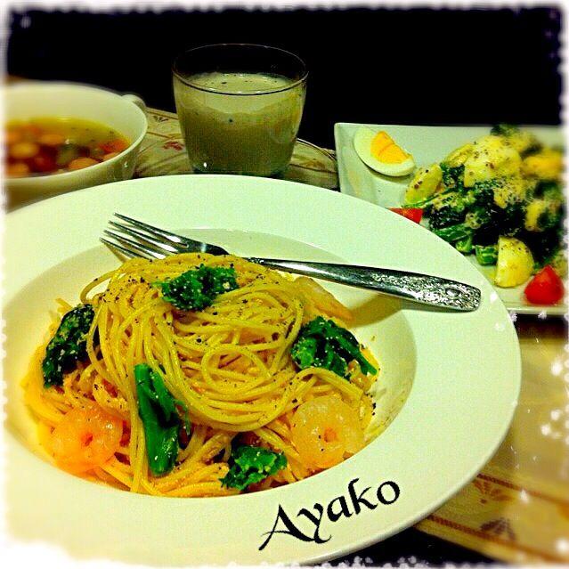 菜の花の苦味と明太子が、よく合います(≧∇≦) - 173件のもぐもぐ - 菜の花と小えびの明太クリームパスタ、ブロッコリーとゆで卵のサラダ、黒ゴマ豆腐、野菜スープ by ayako1015