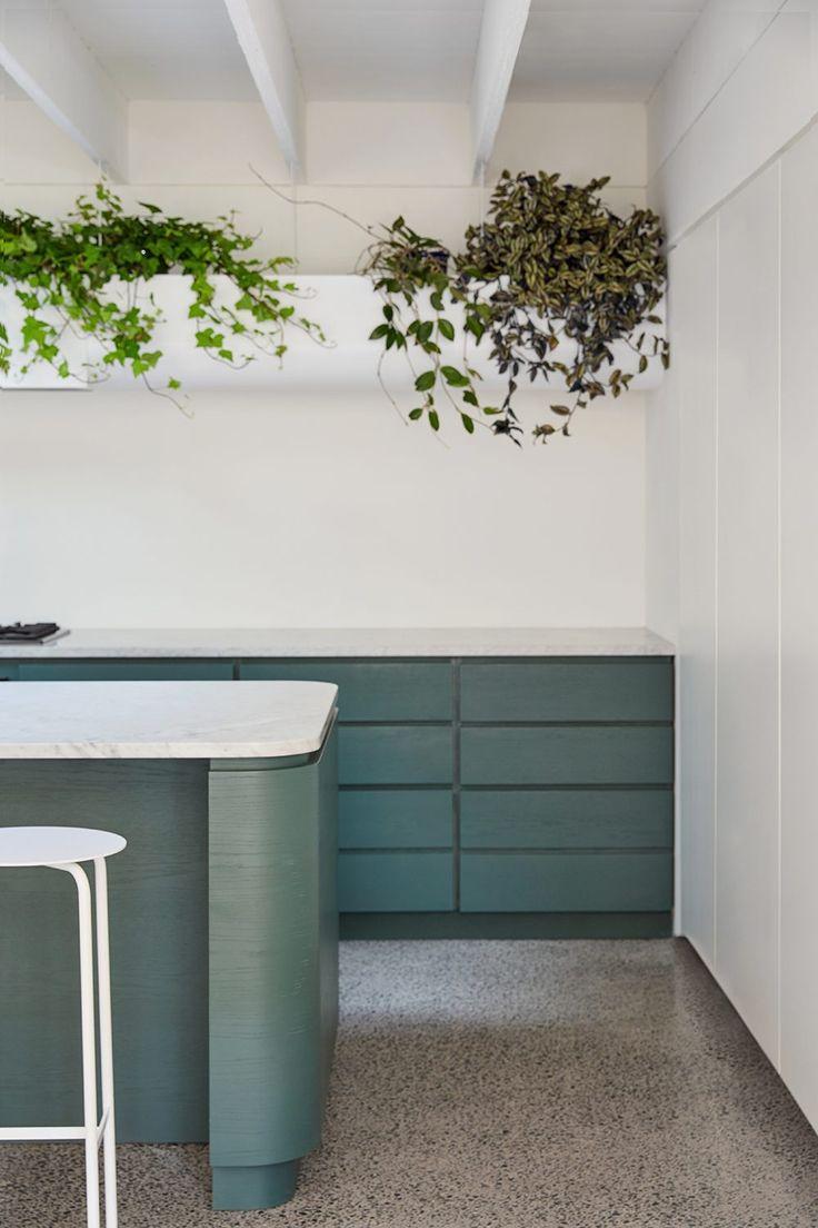 Résidence Villeneuve – Atelier Barda l Kitchen l Colour l Jungalow
