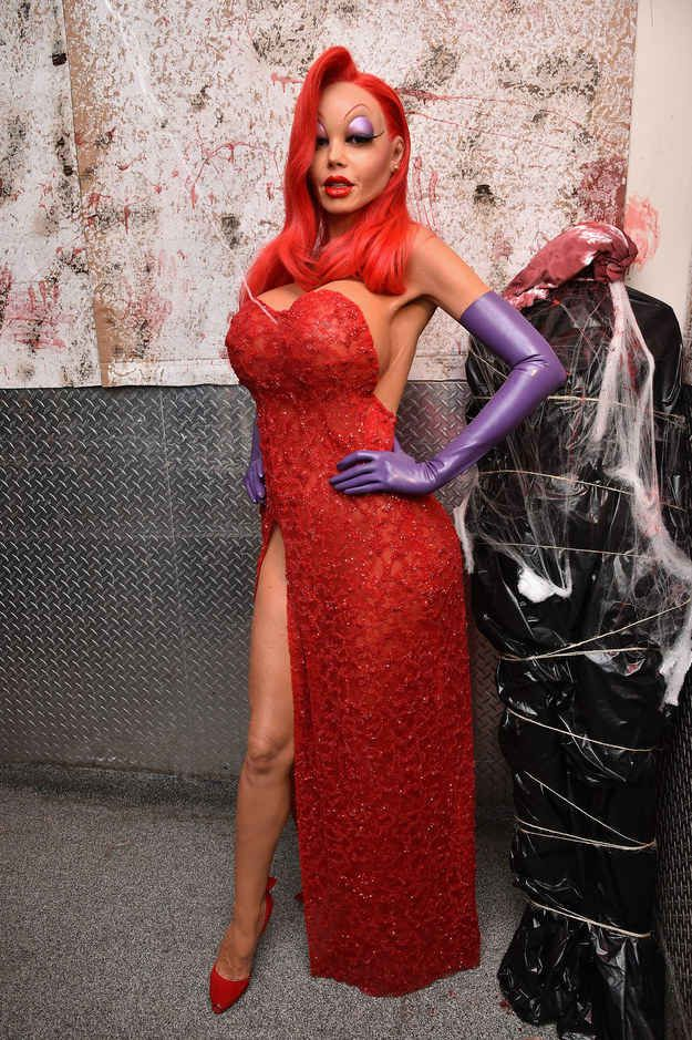 When their work was done Klum, was transformed into a real-life Jessica Rabbit.