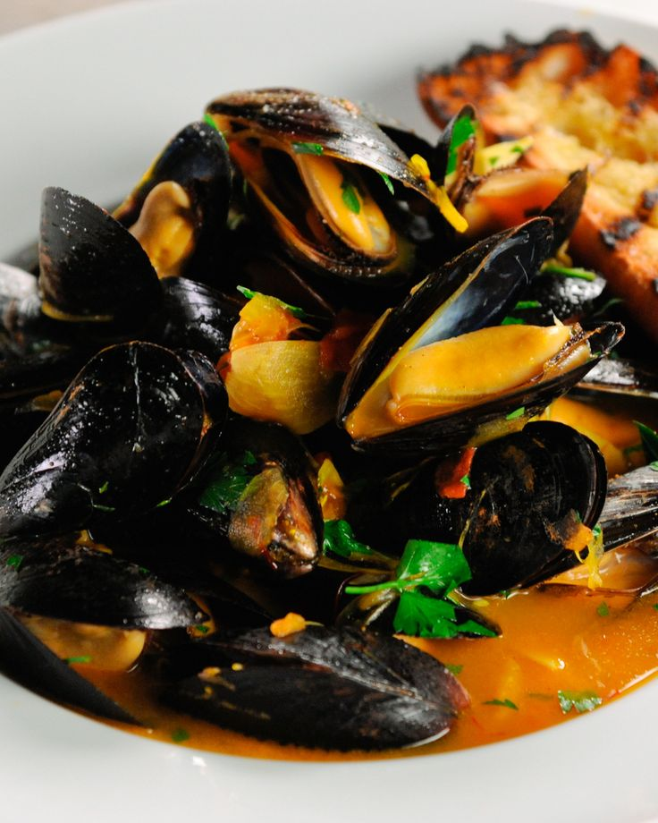 Steamed Mussels With Saffron Flatbread Fast Food With Gordon Ramsay