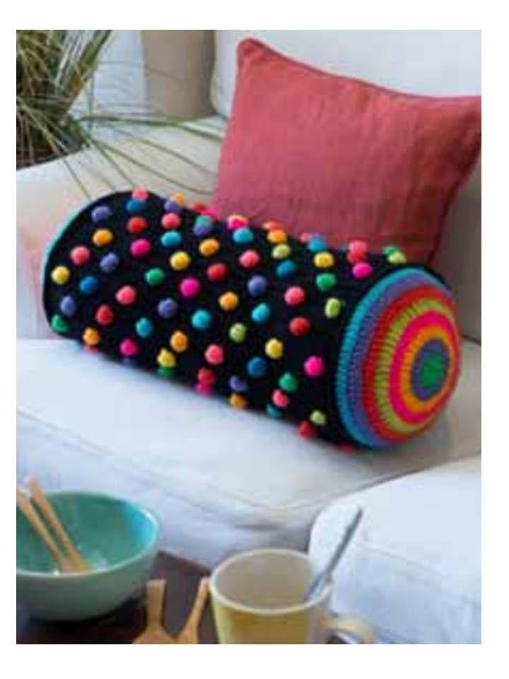 almohadon diseñado y realizado por MaruGuerra para Edicion Decohogar 2 2013