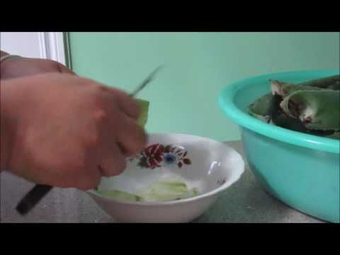 How to get gel out of Aloa Vera