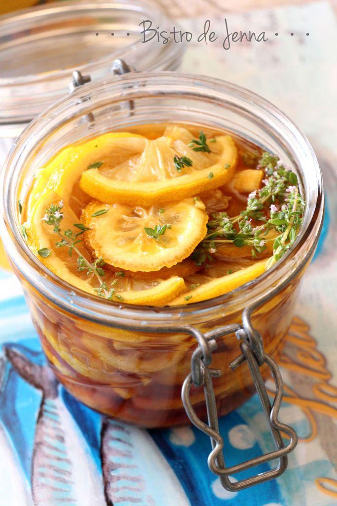 Sirop au citron,  gingembre,  thym et miel pour traiter les maux de gorge et petits maux de l'hiver,  et stimuler les défenses immunitaires