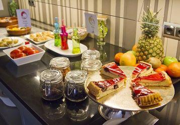 Da igual lo que te apetezca #desayunar esta mañana. ¡Lo tienes todo en ILUNION Almirante! www.ilunionalmirante.com