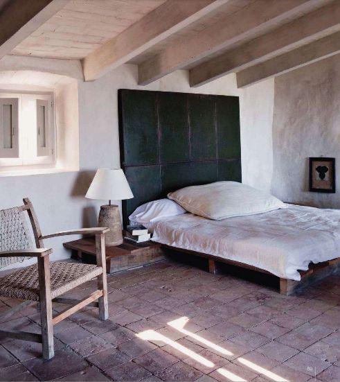 130 best cote sud est ouest paris images on pinterest for Rustic french bedroom