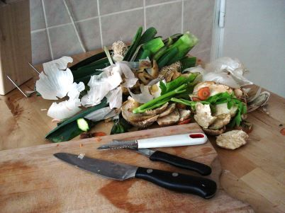Planter les épluchures et restes de légumes pour les faire repousser ! (1)