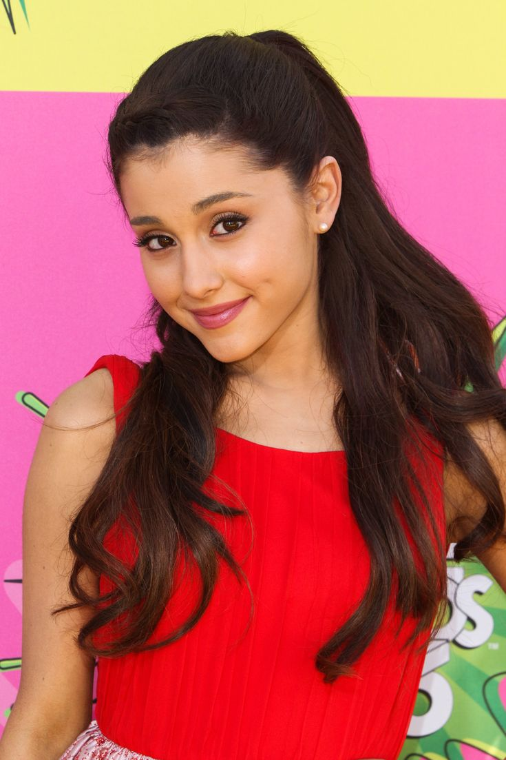 Ariana Grande 2013 Tumblr Photoshoot Widescreen 2 HD Wallpapers