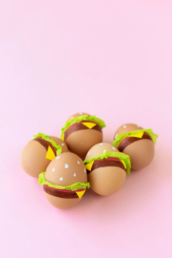 DIY Burger Easter Eggs | studiodiy.com
