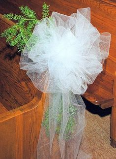 How to Easily Make Wedding Bows With Tulle