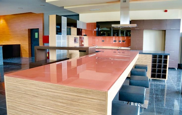 Find the amazing collection of glass splashbacks London, which gives an enticing look to the interiors.  #glassworktop with a matching #splashbacks