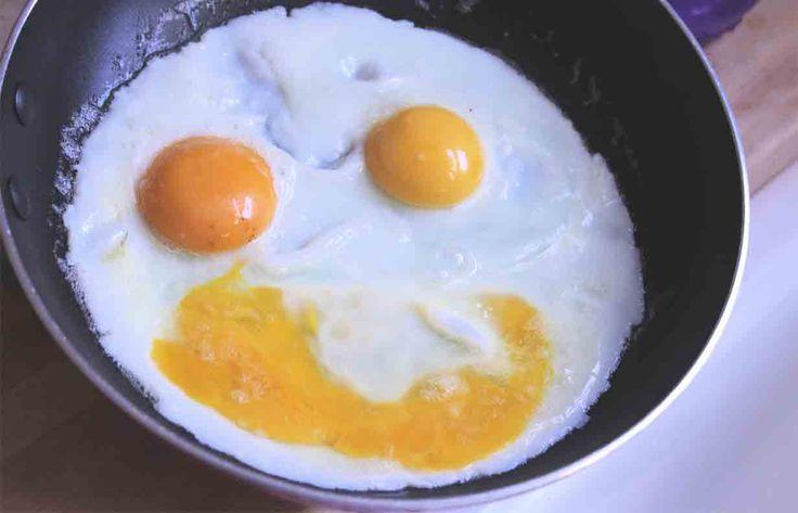 Eliminowanie jajek z naszej diety jest poważnym błędem. Regularne spożywanie jajek ...