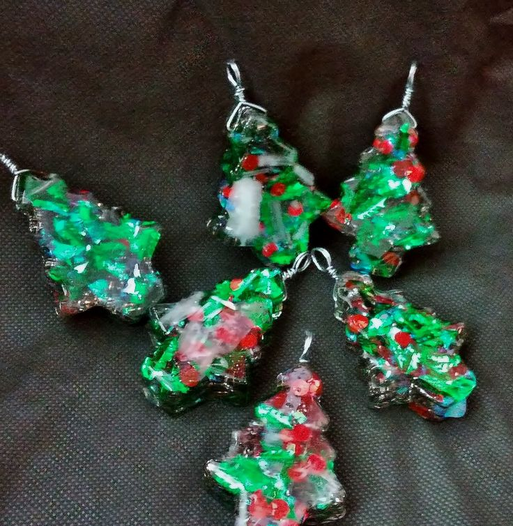 """Magical Orgonite """"Tree"""" Ornaments with Selenite and Steel Filings ~ Green and Red! Set of 6 by KomacOrgonite on Etsy"""