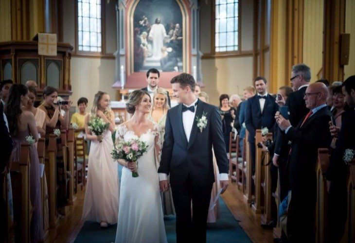 Foto: Glis Studio De fleste brudepar har en viss formening om hvilke sanger de ønsker å benytte til...