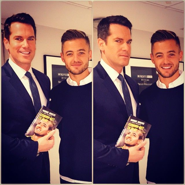 """716 Likes, 12 Comments - Thomas Roberts (@thomasaroberts) on Instagram: """"Longtime fan - first time meeting @robbierogers congrats on winning #MLSCup & NEW book…"""""""
