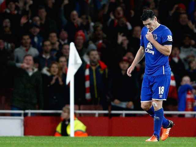 Gareth Barry urges Everton to bounce back from Merseyside derby defeat